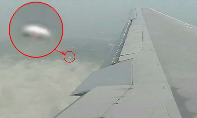 ovni sobre australia - Pasajero de un avión graba un OVNI en forma de disco sobre Australia