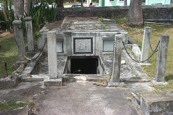 ataudes malditos barbados - Los misteriosos ataúdes malditos de Barbados