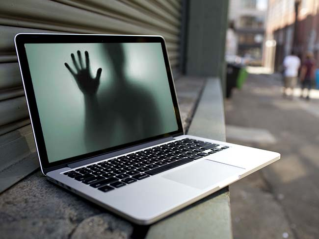 eBay MacBook embrujado