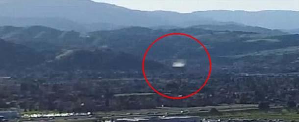 ovni silicon valley - Drone graba un OVNI a velocidad supersónica sobre Silicon Valley