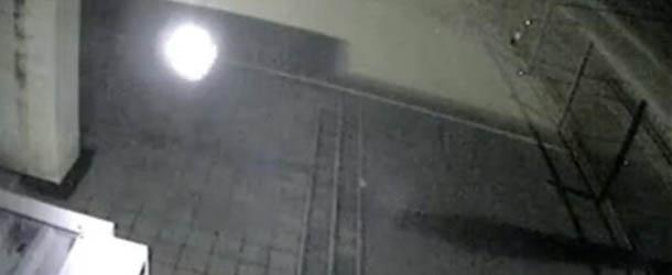 Aparece una misteriosa bola de luz en una sinagoga de Ucrania