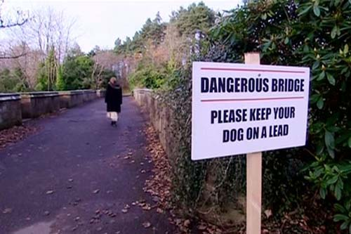 Espíritu perros puente Overtoun