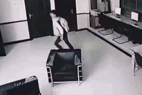 Hotel aterrador ataque fantasmal