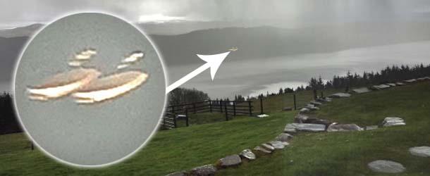 ovnis gemelos lago ness - Fotografían dos ovnis gemelos sobre el Lago Ness