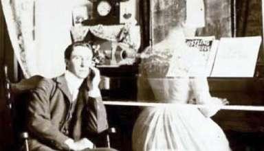 escritores fantasma 384x220 - Escritores fantasma: Libros, novelas, poesía y música que fueron escritas por espíritus