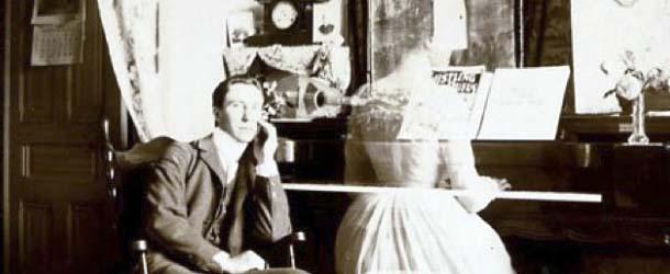 Escritores fantasma: Libros, novelas, poesía y música que fueron escritas por espíritus
