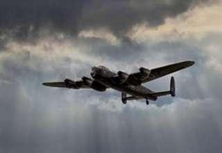 bombardero fantasma 320x220 - Múltiples testigos ven un bombardero fantasma de la Segunda Guerra Mundial sobre un condado de Inglaterra