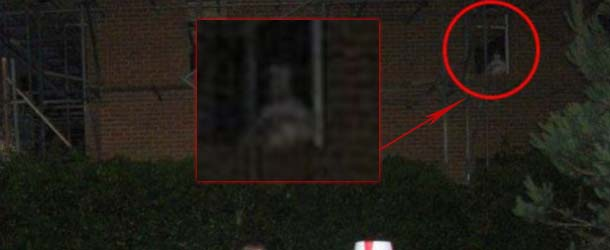 mujer fantasma bebe - Fotografía muestra una mujer fantasma con su bebé en una antigua casa de Inglaterra