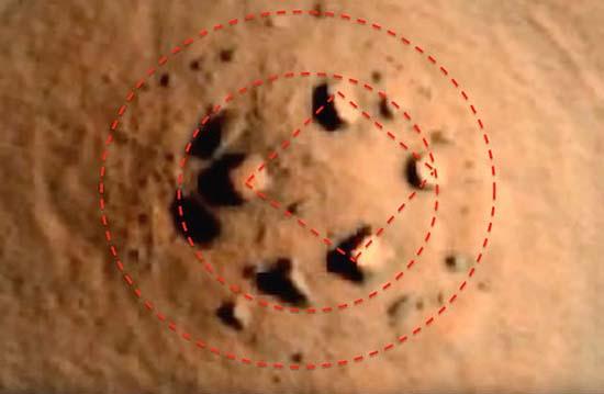 Hallan Stonehenge en Marte