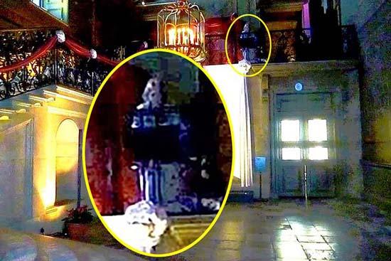 fantasma esposas enrique viii - Fotografían el fantasma de una de las esposas de Enrique VIII en un palacio de Inglaterra