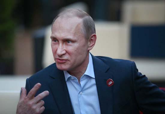 vladímir putin - Imágenes demuestran que Vladímir Putin es realmente un viajero en el tiempo