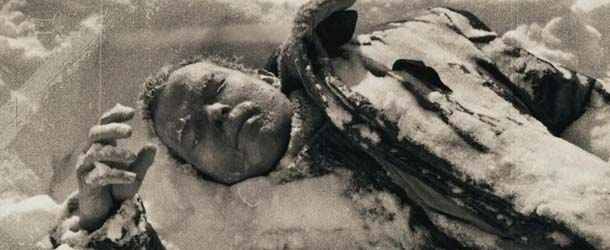 cadaver paso diatlov - Un grupo de excursionistas desaparece misteriosamente después de encontrar un cadáver en el Paso Diatlov