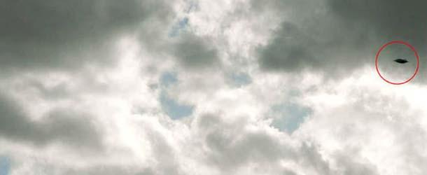 platillo volante bristol - Una madre fotografía accidentalmente un verdadero platillo volante sobre Brístol