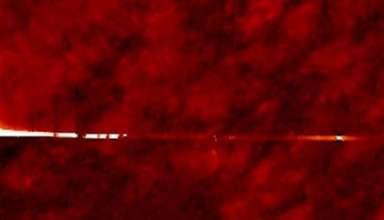 gran puerta estelar sol 384x220 - Imágenes de la NASA muestran una gran puerta estelar en el Sol