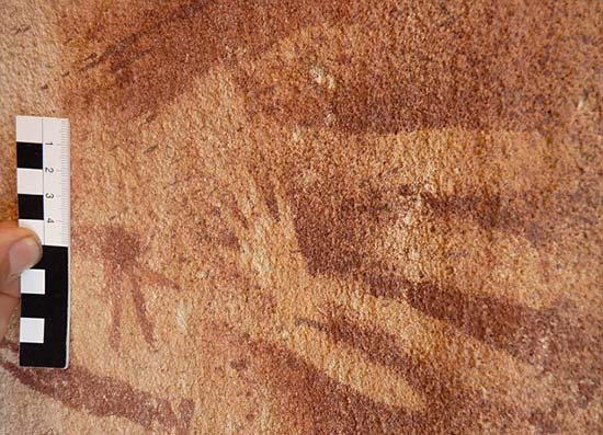 Manos antigua cueva Egipto