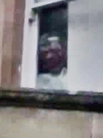 aterrador rostro manicomio gales - Aterrador rostro aparece en una fotografía de un manicomio abandonado de Gales