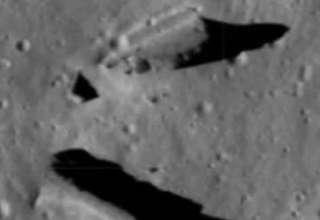 estructuras extraterrestres luna 320x220 - Nuevas imágenes de la NASA revelan estructuras extraterrestres en la Luna