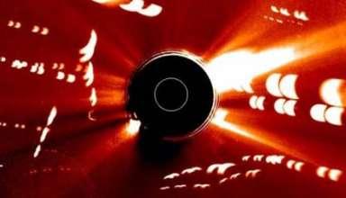 flota naves extraterrestres sol 384x220 - Imagen de la NASA muestra una flota de naves extraterrestres cerca del Sol