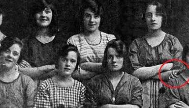 mano fantasmal antigua fotografia 384x220 - Periódico irlandés descubre una mano fantasmal en una antigua fotografía