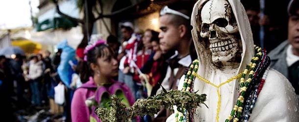santa muerte - La Santa Muerte, entre la luz y la oscuridad