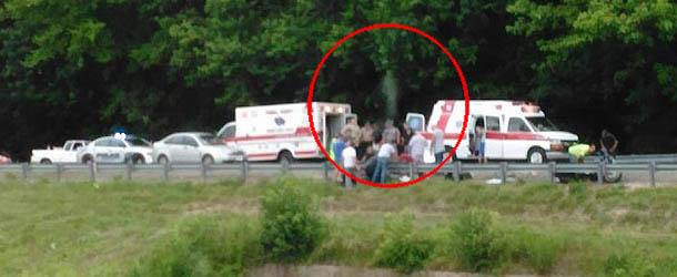alma motorista muerto - Fotografían el alma de un motorista muerto abandonado su cuerpo en el lugar del accidente