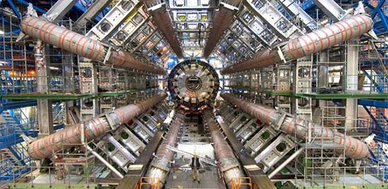 gran colisionador de hadrones gran terremoto - Científicos cerraron el Gran Colisionador de Hadrones después de causar un gran terremoto