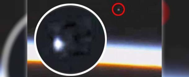 iss ovni - La NASA vuelve a cortar deliberadamente la señal de vídeo de la ISS justo cuando aparece un OVNI