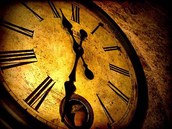 1719 teoria del falso pasado - Estamos en al año 1719, la teoría del falso pasado y el tiempo fantasma