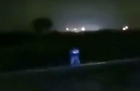 criatura extraterrestre en peru - Trabajadores de una estación de servicio persiguen una criatura extraterrestre en Perú