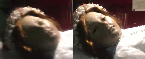nina murio 300 anos abre ojos - Turista graba el sorprendente momento en que una niña que murió hace 300 años abre los ojos