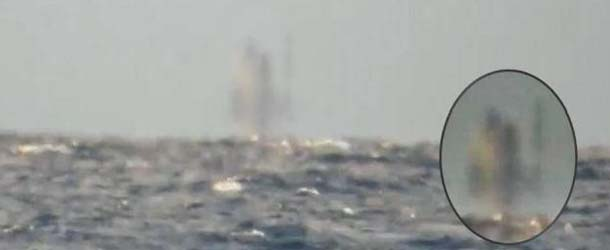 barco fantasma lago superior michigan - Graban un barco fantasma flotando sobre el Lago Superior de Míchigan