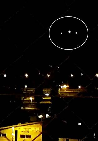 enorme ovni sobre Ginebra - Cientos de testigos ven un enorme OVNI sobre Ginebra