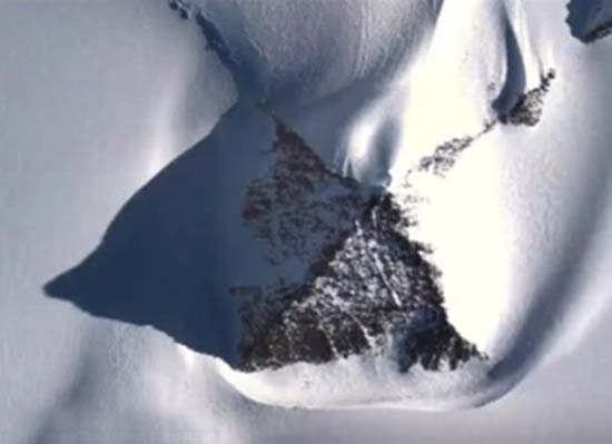 piramides antartida google earth - Descubren tres pirámides en la Antártida a través de Google Earth