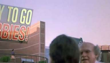 regreso al futuro ii chicago cubs 384x220 - 'Regreso al futuro II' predice la victoria de los Chicago Cubs y que Hillary Clinton será presidenta de EE.UU.