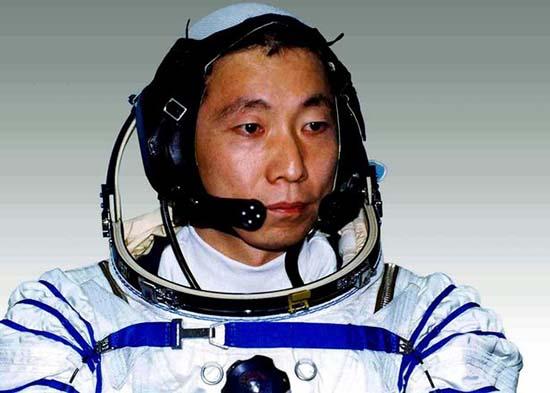 misteriosos golpes en espacio - El primer astronauta chino revela haber escuchado misteriosos golpes en el espacio