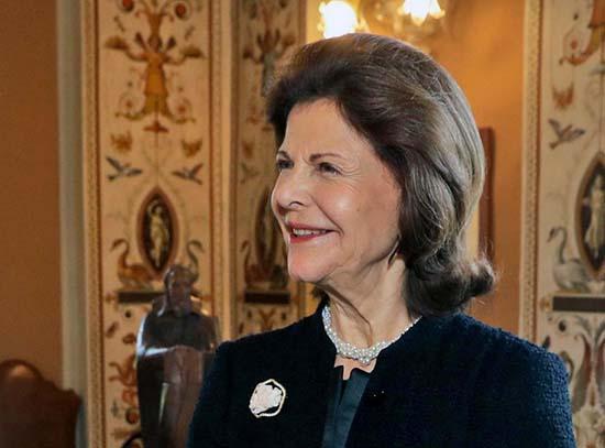 reina suecia - La reina de Suecia revela que convive con fantasmas en el palacio real
