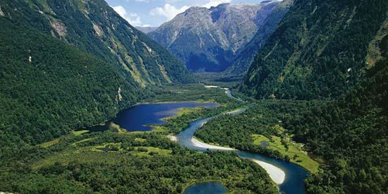 multimillonarios nueva zelanda apocalipsis - Multimillonarios compran terrenos en Nueva Zelanda para prepararse ante un inminente Apocalipsis