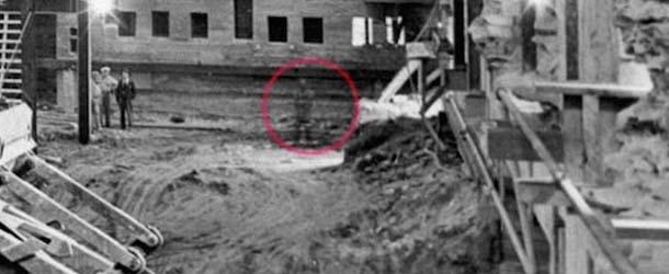 fantasma abraham lincoln - Descubren en una antigua fotografía de la Casa Blanca el fantasma de Abraham Lincoln