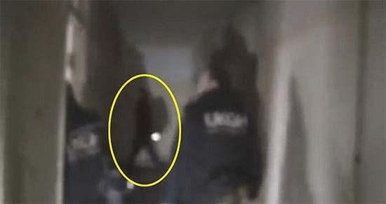 fantasma base aerea - Inquietante vídeo muestra el fantasma de un piloto de la RAF en una base aérea abandonada