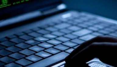 wikileaks cia 384x220 - Los teóricos de la conspiración tenían razón: WikiLeaks filtra cómo la CIA nos espía a través de los iPhone, Android o Smart TV