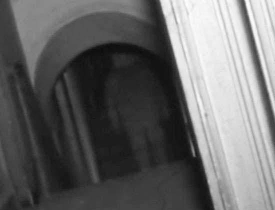 fantasma en un palacio del siglo 17 - Un programa de televisión británico graba un fantasma en un palacio del siglo 17