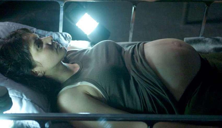 mujeres abducciones extraterrestres 850x491 - ¿Las mujeres pueden quedar embarazadas en las abducciones extraterrestres?