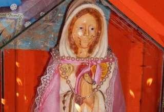 virgen maria lagrimas sangre 320x220 - La Iglesia Católica investiga una estatua de la Virgen María que llora lágrimas de sangre en Argentina