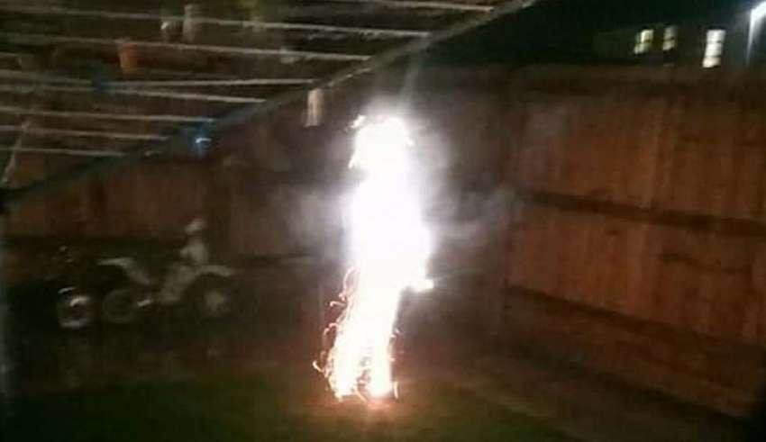 madre fantasma hijo 850x491 - Una madre asegura haber visto el fantasma de su hijo durante una exhibición de fuegos artificiales