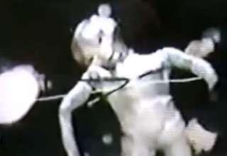 ser extraterrestre internet oscura 320x220 - Descubren imágenes secretas de un ser extraterrestre en la Internet oscura