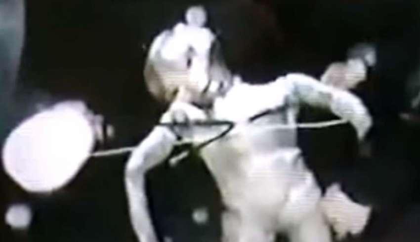ser extraterrestre internet oscura 850x491 - Descubren imágenes secretas de un ser extraterrestre en la Internet oscura
