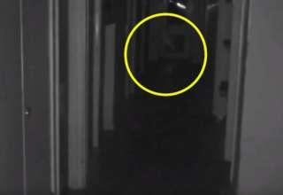 nino fantasma inglaterra 320x220 - Graban en vídeo a un niño fantasma en una mansión abandonada de Inglaterra