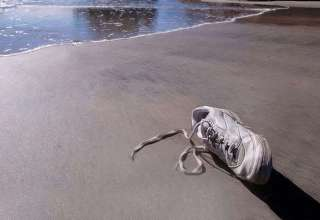 pies amputados canada 320x220 - Y ya son 13 los pies amputados encontrados en la costa de Canadá, ¿qué está ocurriendo realmente?