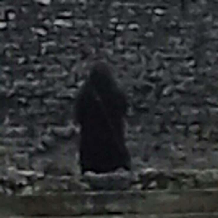 monje fantasmagorico castillo de inglaterra - Fotografían un monje fantasmagórico en un castillo de Inglaterra