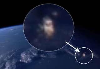 ovni dorado 320x220 - Aparece un OVNI dorado en la transmisión en vivo desde la estación espacial y la NASA corta la señal